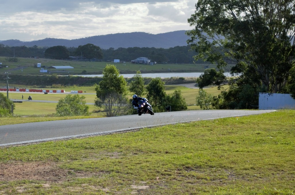 This bloke on the R1 is really laying it down!